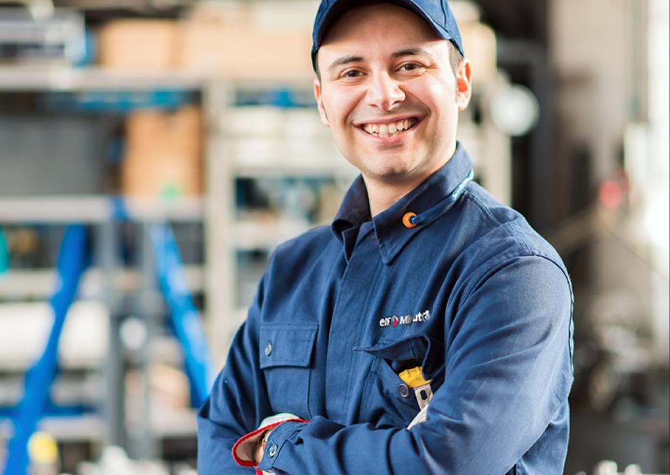 ELF URUGUAY Servicio Mecnico Y Lubricantes